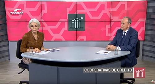 Cooperativas de crédito cobram juros menores e incentivam a economia local